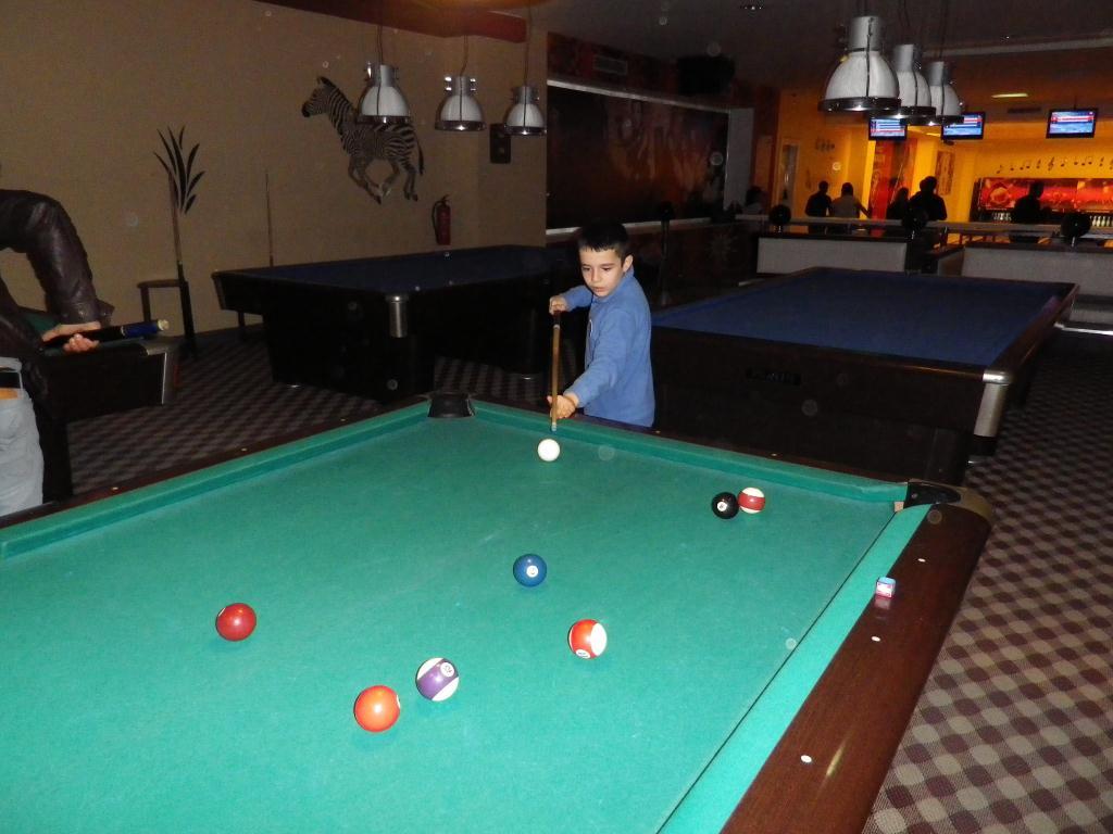 Ellis Pool